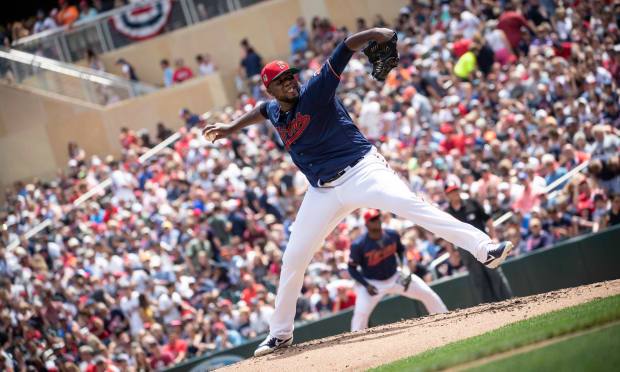 Twins Daily: 'Big Mike' brings upside to bottom of Twins rotation