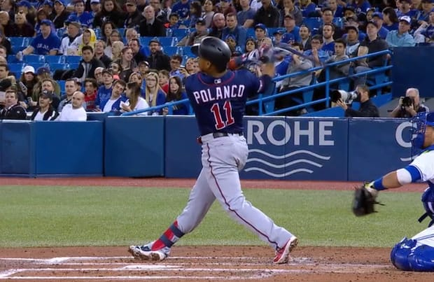 Twins launch 4 homers to complete sweep in Toronto