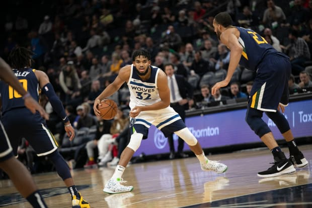 Report: Wolves could head to Chicago for NBA's second 'bubble city'