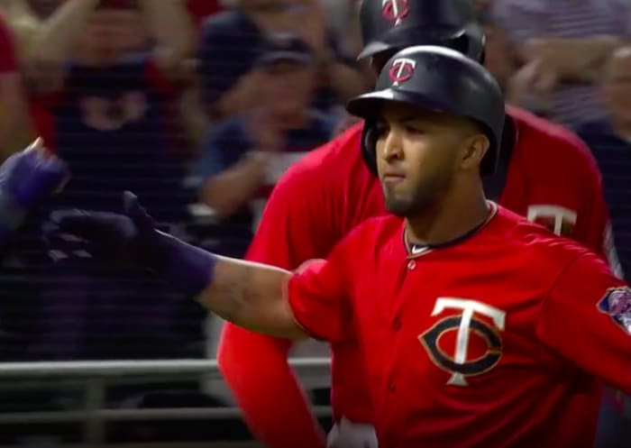 Rosario's pinch-hit home run sends the Twins to a victory
