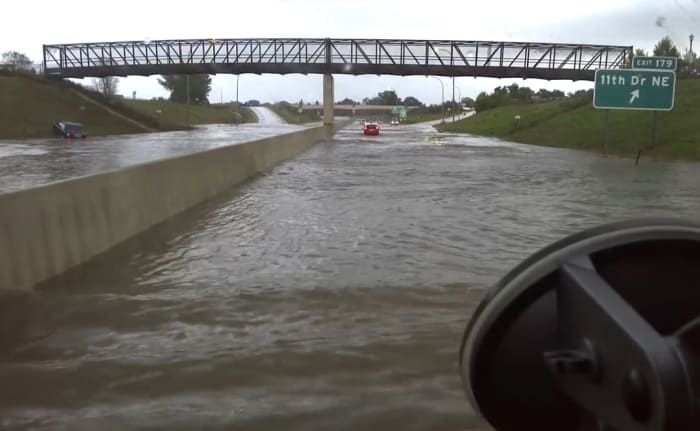 Torrential rains cause major flooding in MN, SD, IA, WI