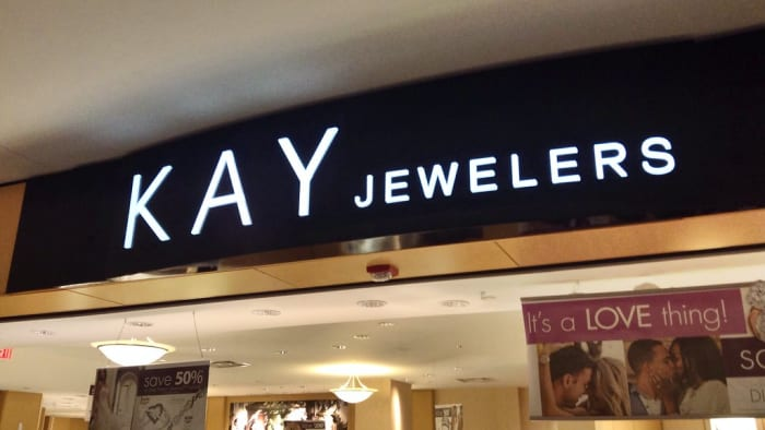 Owner Of Kay Jewelers Zales Jared To Close More Than 150
