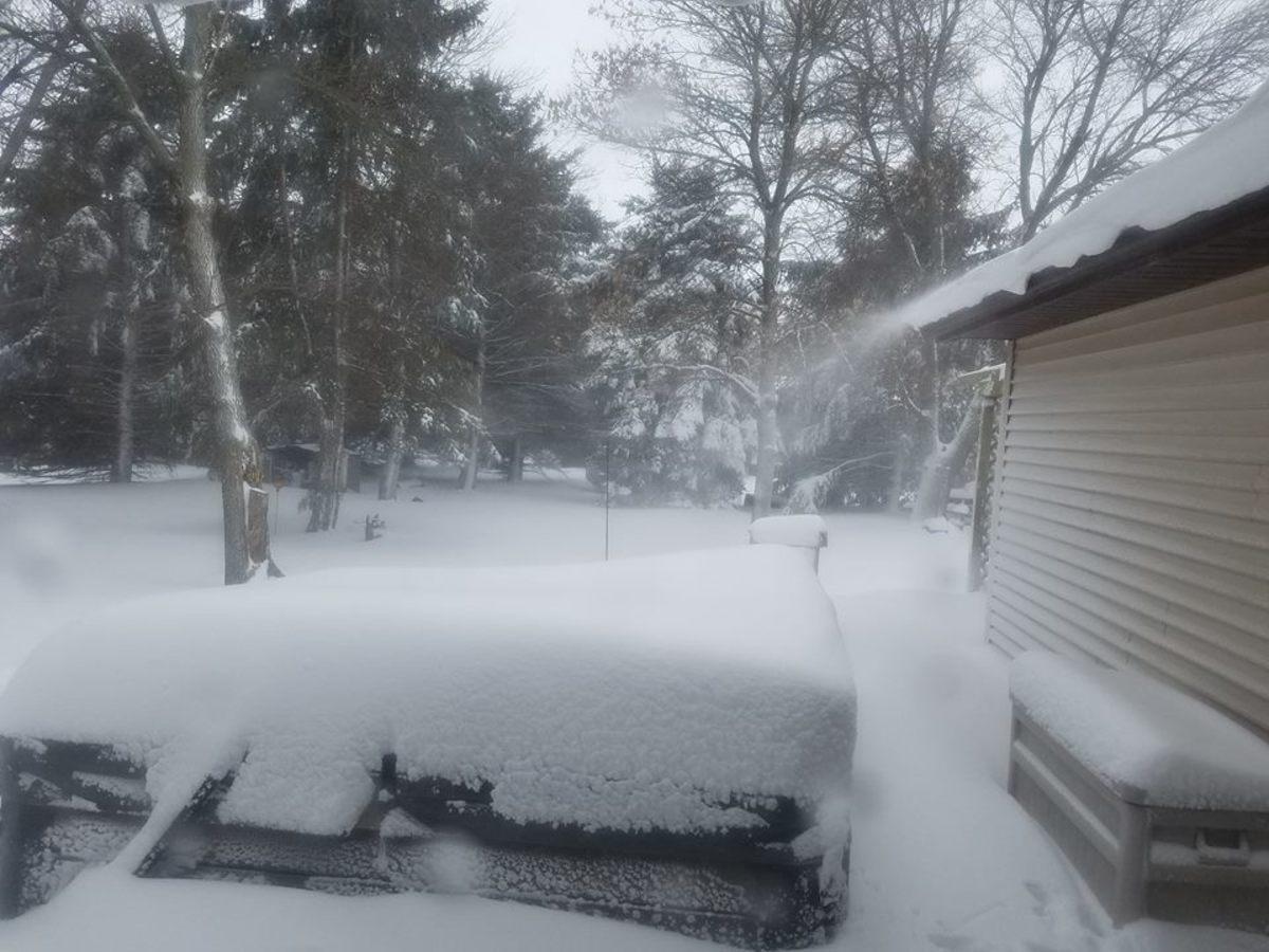Snow, Hanley Falls