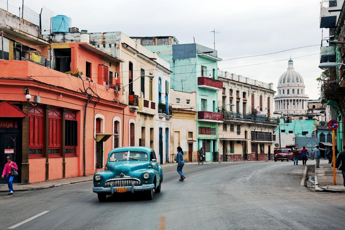 MaxPixel.freegreatpicture.com-Oltimer-Old-Car-Old-Havana-Cuba-Auto-Classic-1638594