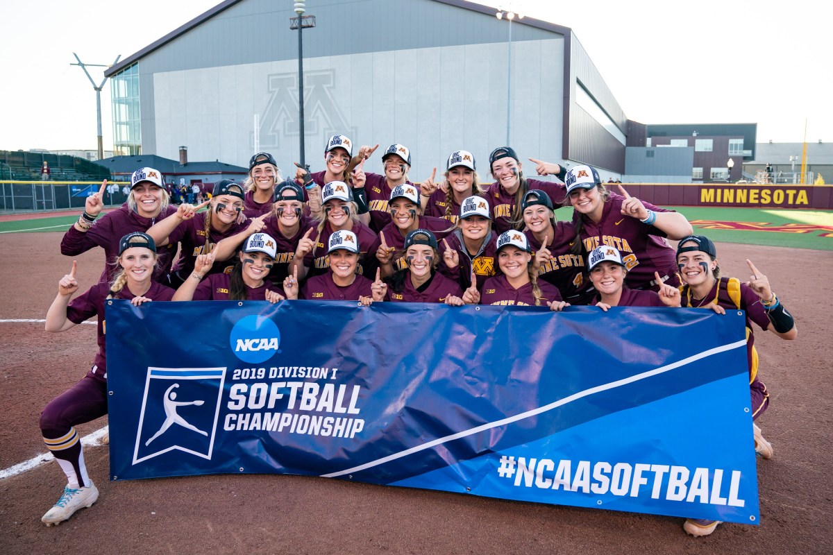 Gopher softball 2019