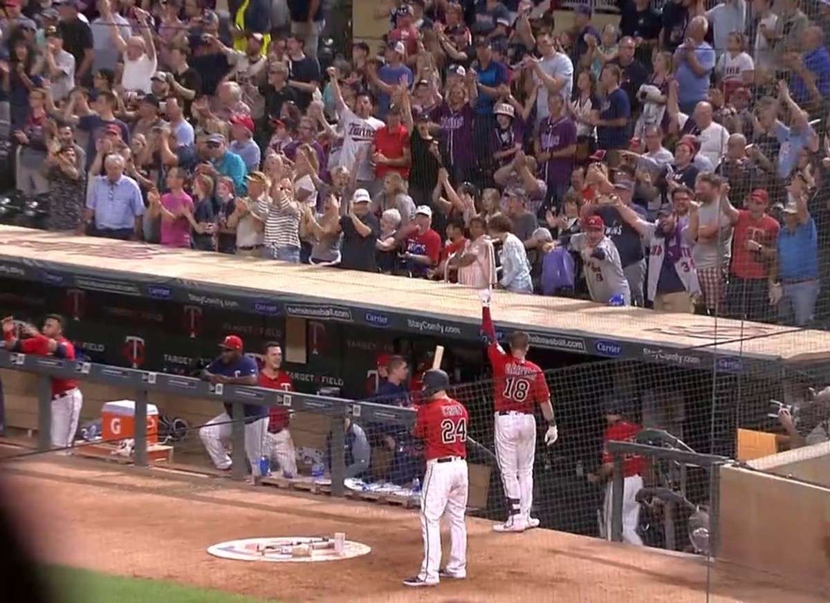 Mitch Garver got a curtain call after slugging the go-ahead homer in the eighth inning.