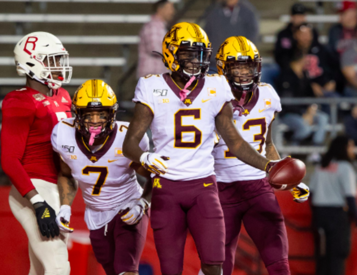 Gophers Drop To No 10 In Week 12 College Football Playoff
