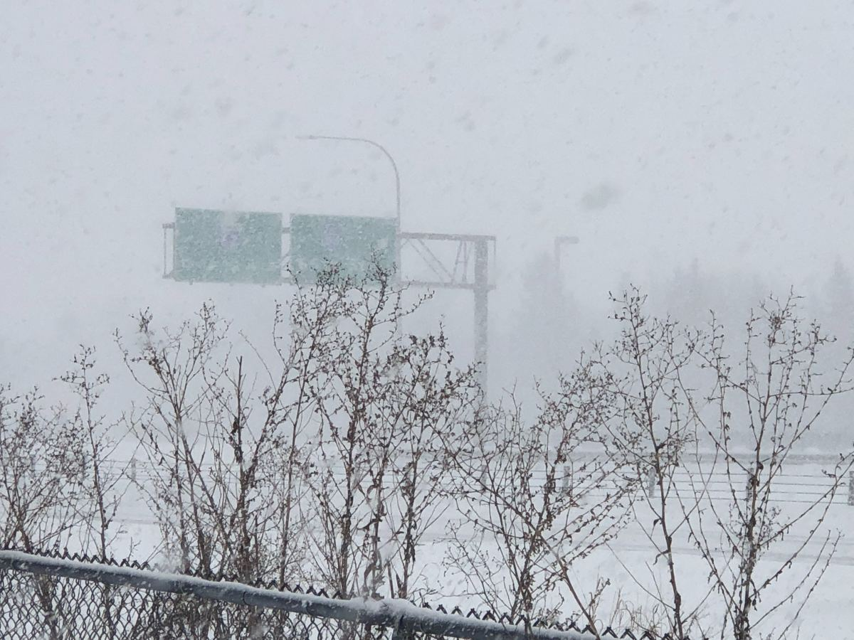snow, snowing