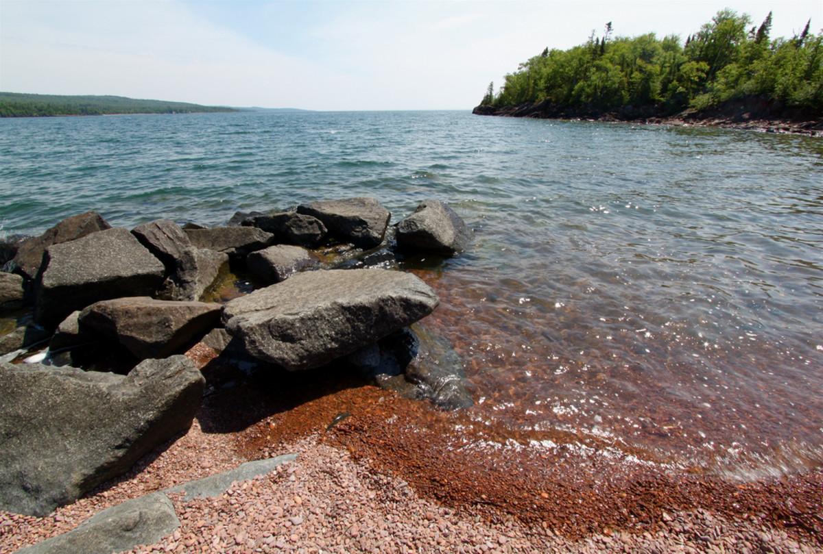 flickr-pebble-beach-grand-marais-lake-superior