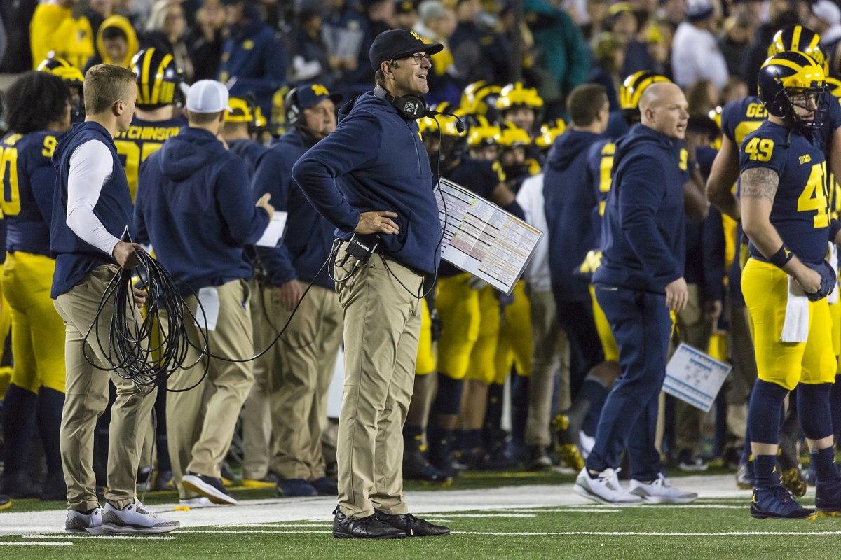Gophers game still on despite University of Michigan COVID-19 lockdown