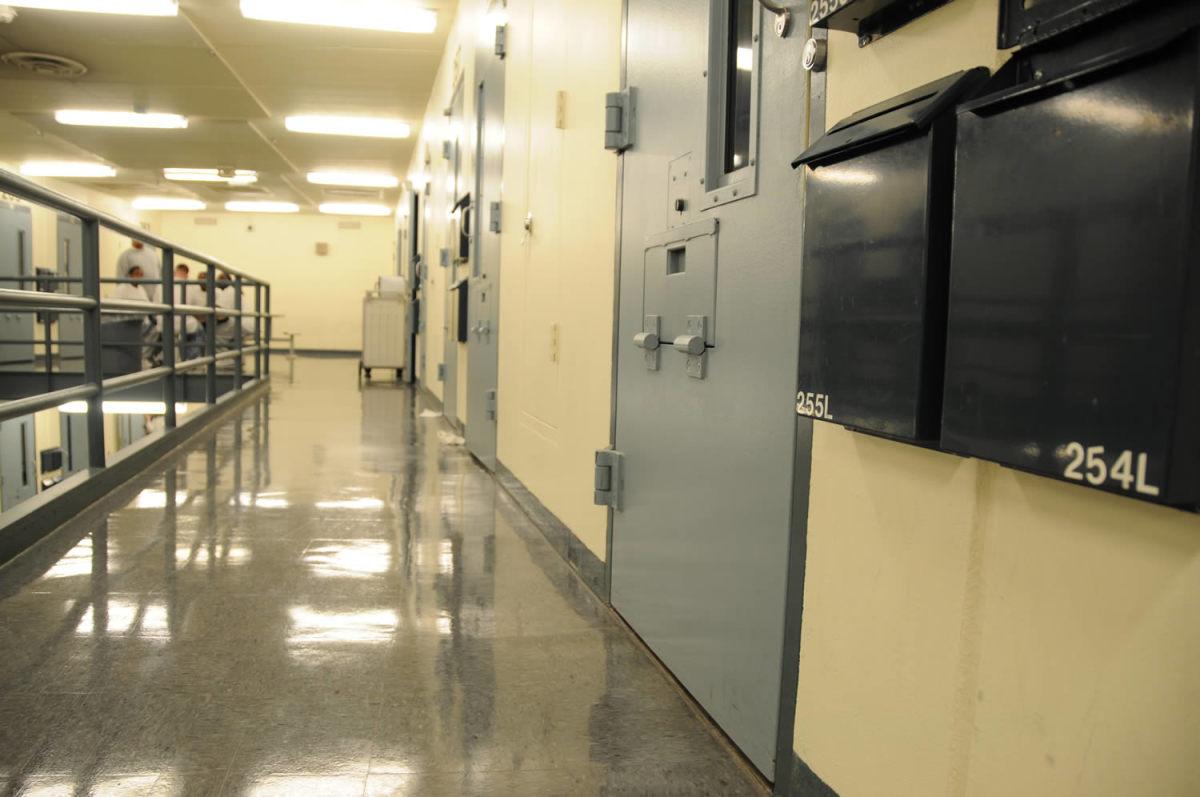 prison, Rush City cell block