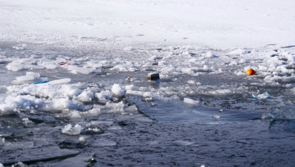 Ice crash Minnetonka