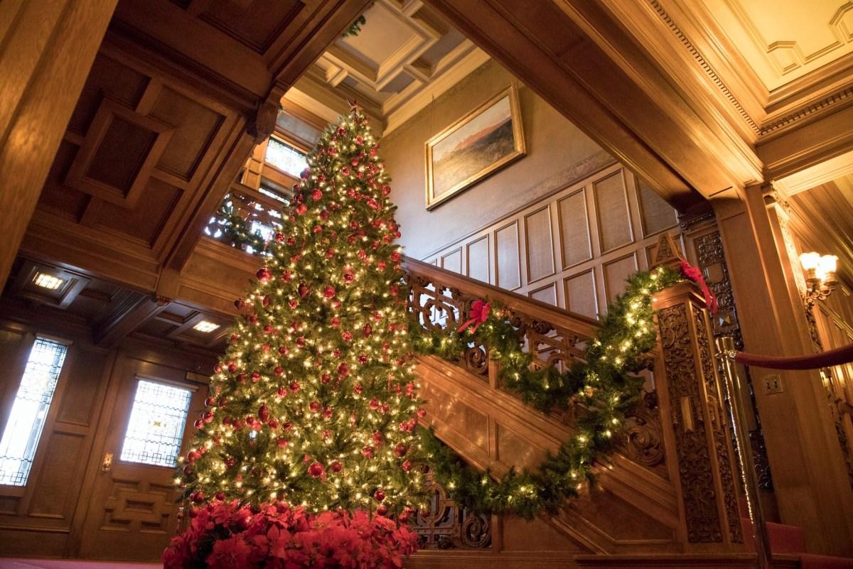 Christmas at Glensheen Mansion