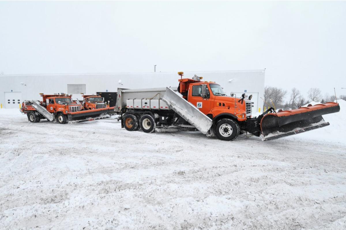 plow, snowplow, snow