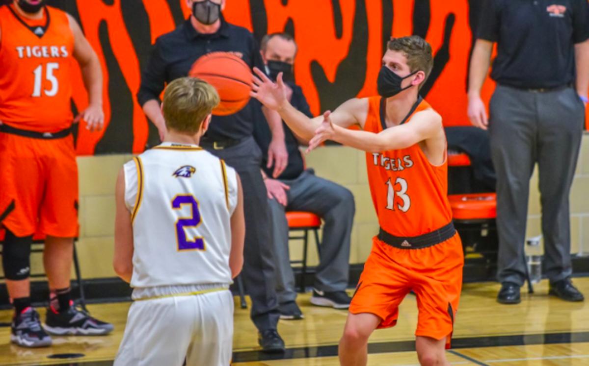 Blake Fredrick / Lake City Basketball