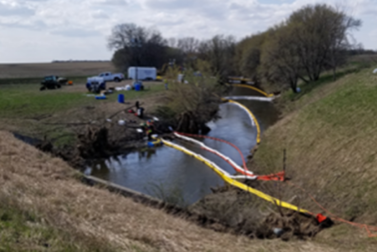 The clean-up efforts following the oil spill in Cottonwood.
