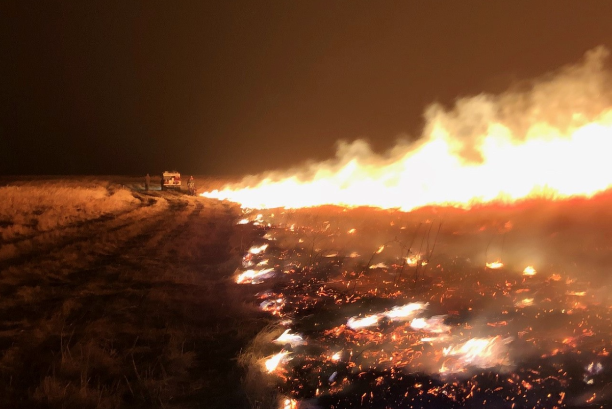 A shot of the wildfire as it burned Monday night into Tuesday morning.