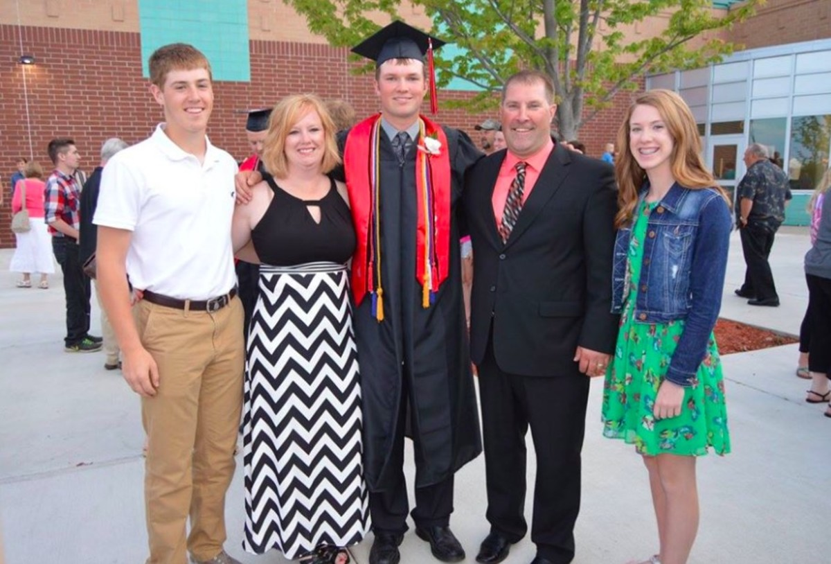 The Anderson family pictured in 2016: From left – Ross, Jacki, Ben, Pat, Brooke Anderson.