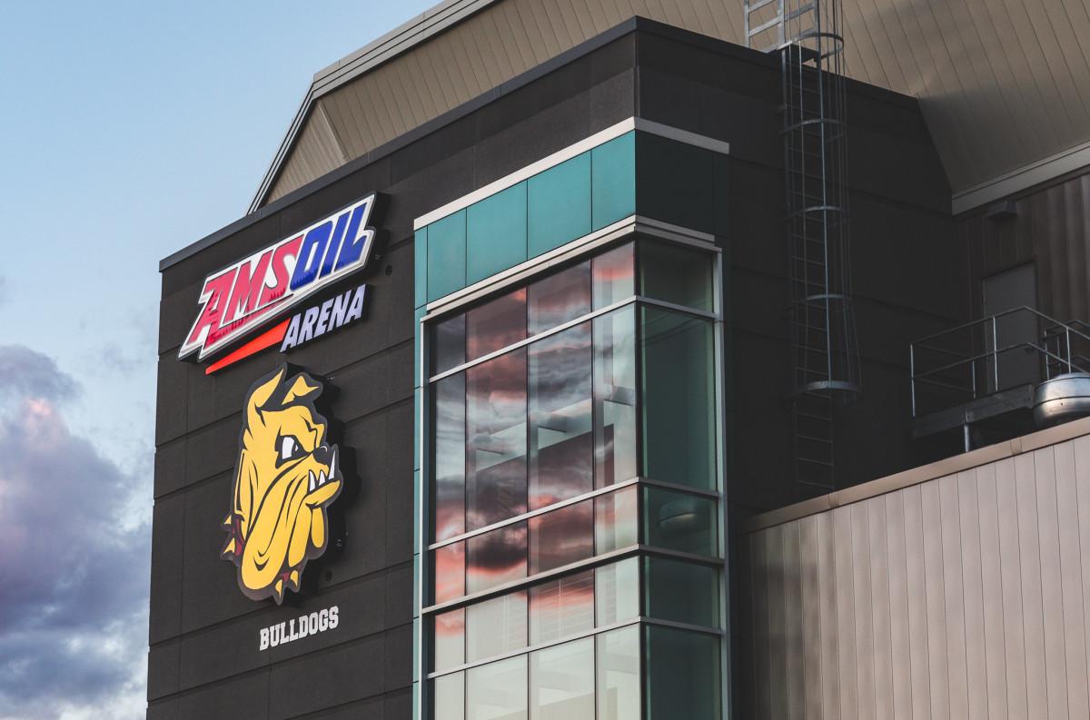 Amsoil Arena, UMD Bulldogs