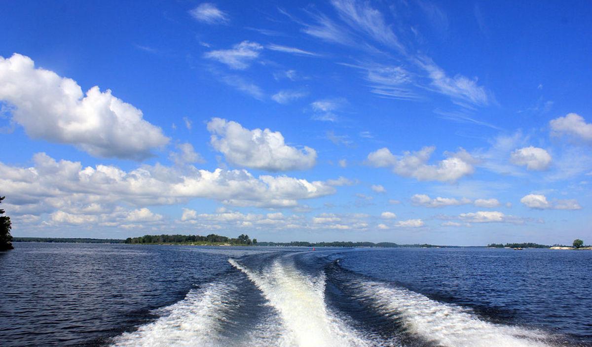 boating minnesota lake