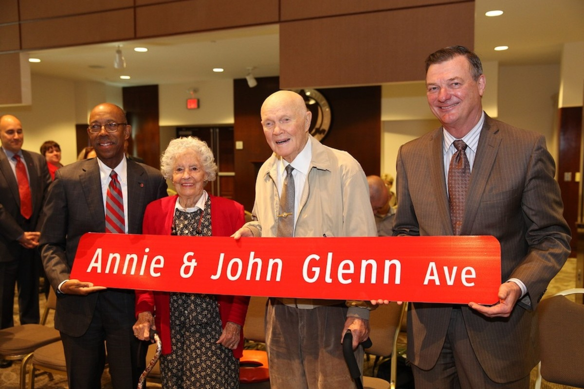 annie-and-john-glenn