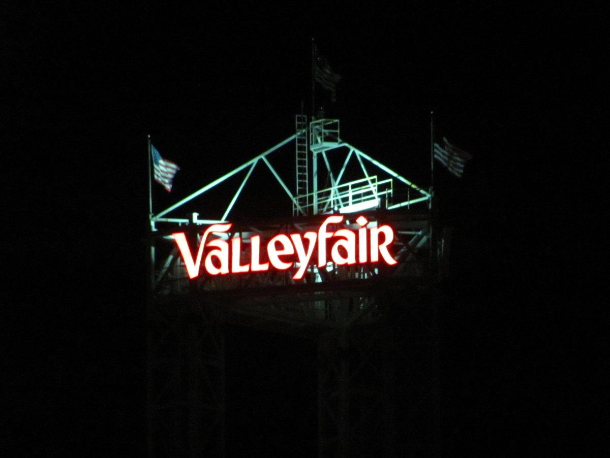 flickr - jeremy thompson - valleyfair night sign