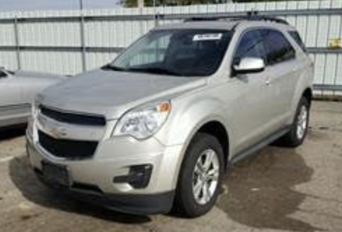 A Chevy Equinox like the one Amina is driving.