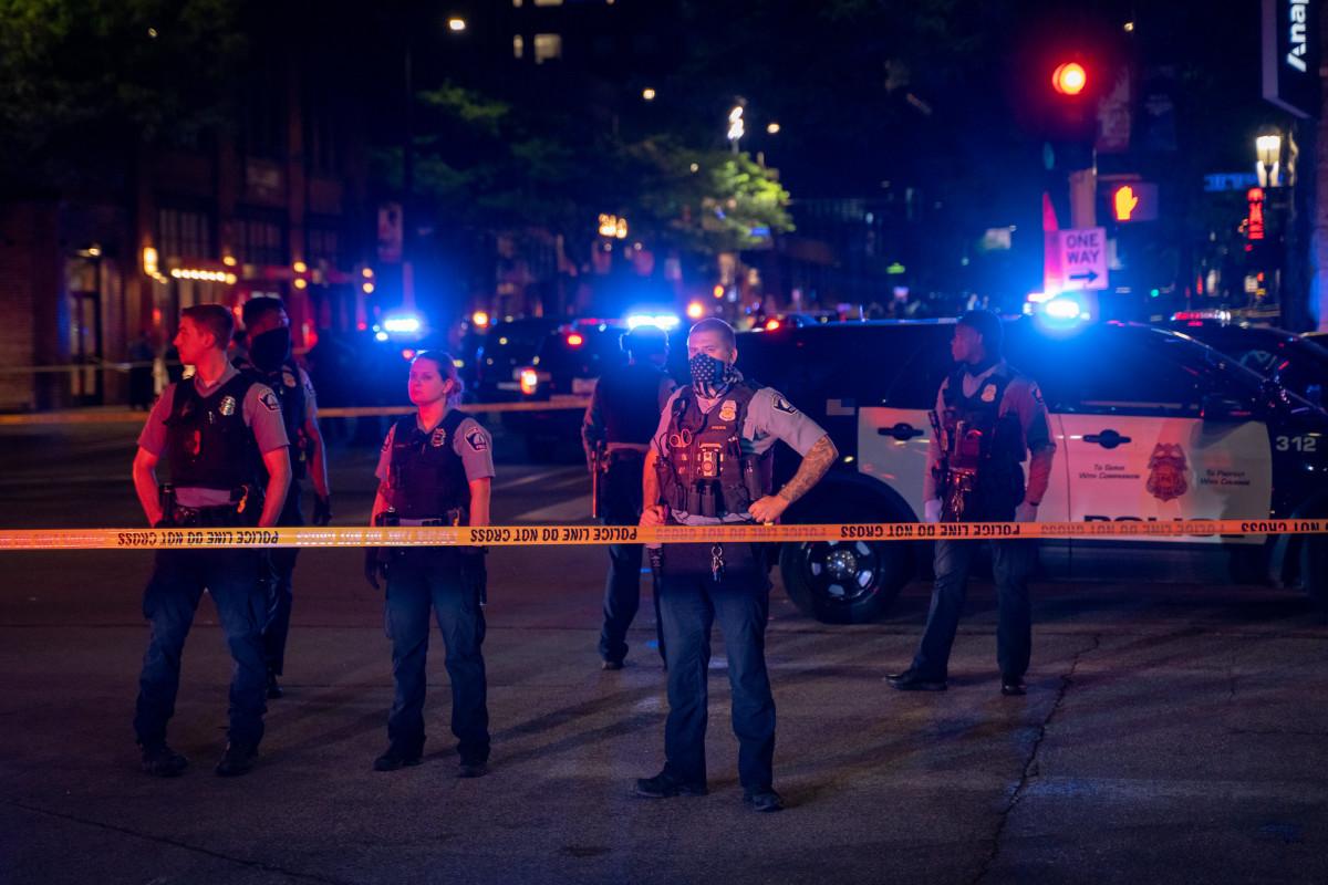 Monarch shooting, Minneapolis police