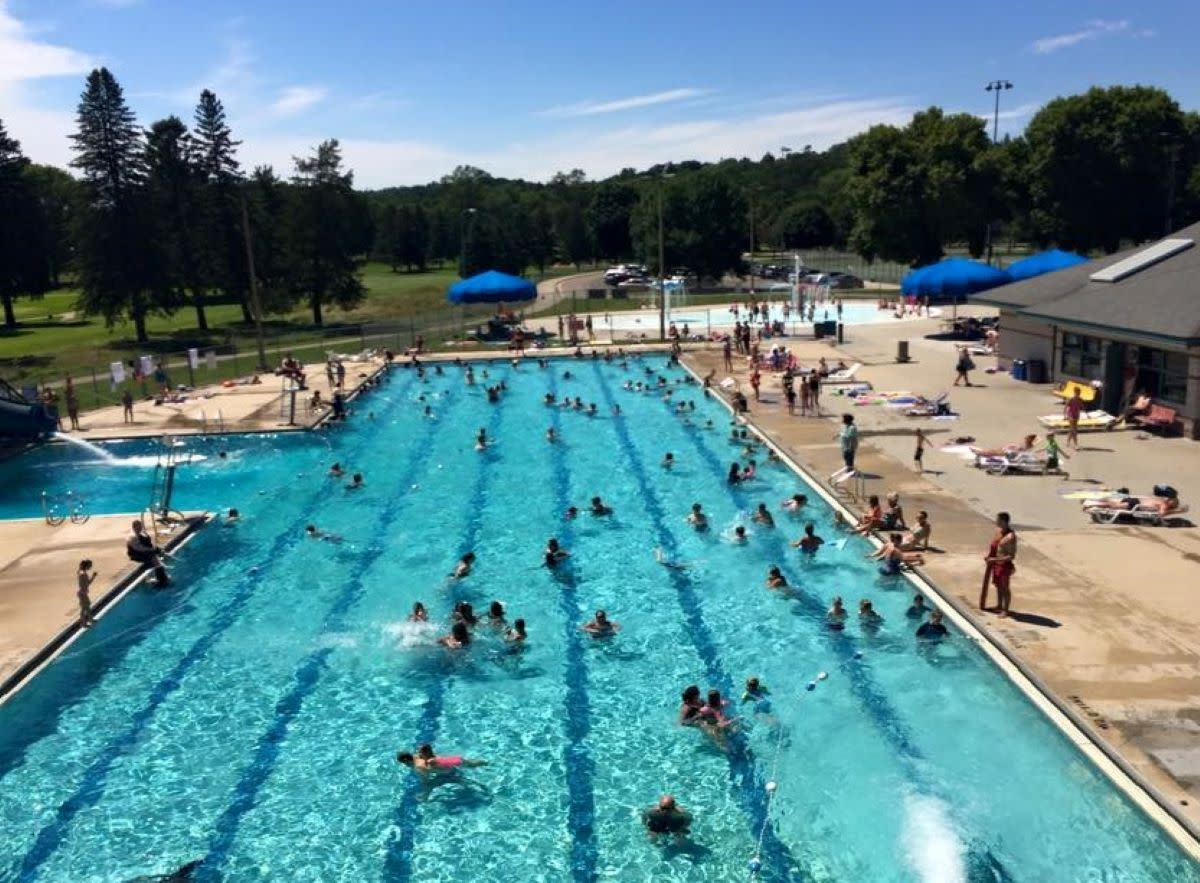 rochester pool