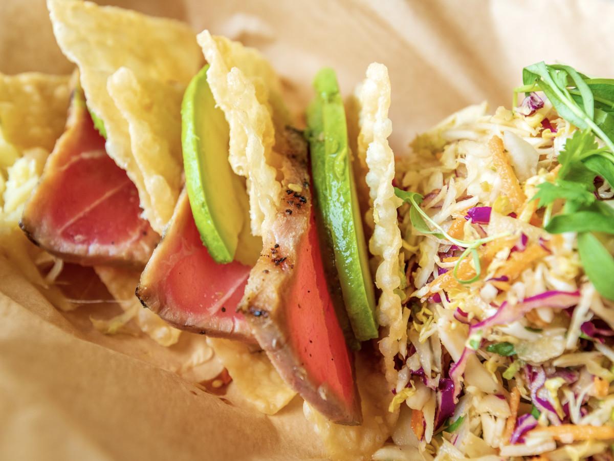 sashimi-tuna-tacos