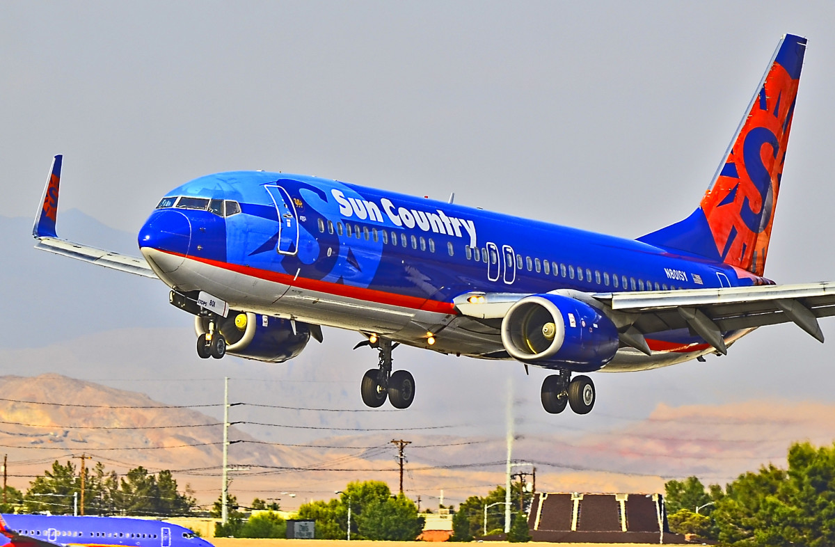Flickr - Sun Country airplane Nevada - Tomas Del Coro