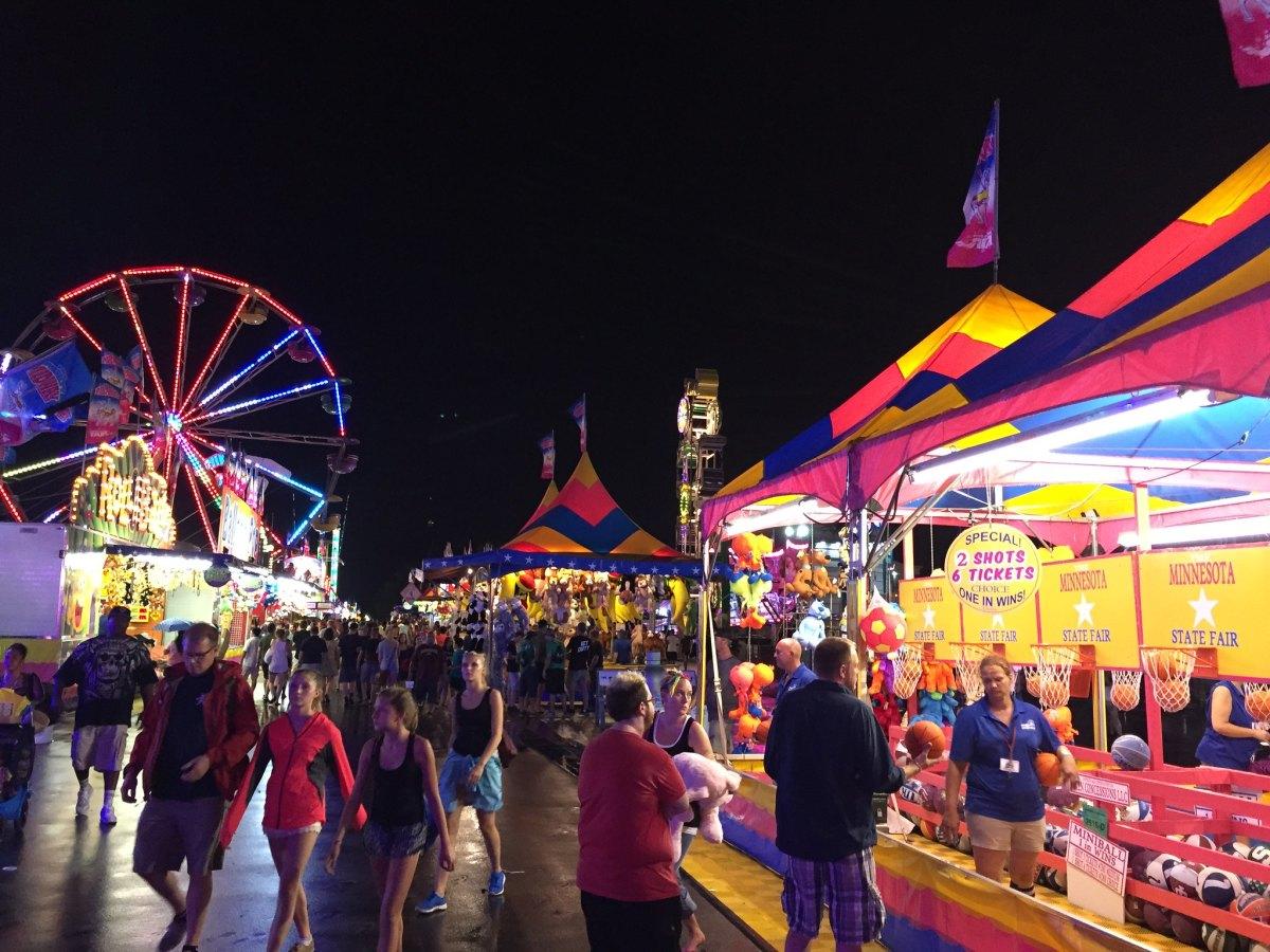 Flickr - Minnesota STate Fair night 2015 - american-rugbier