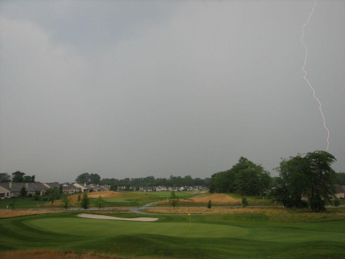 lightning, golf course
