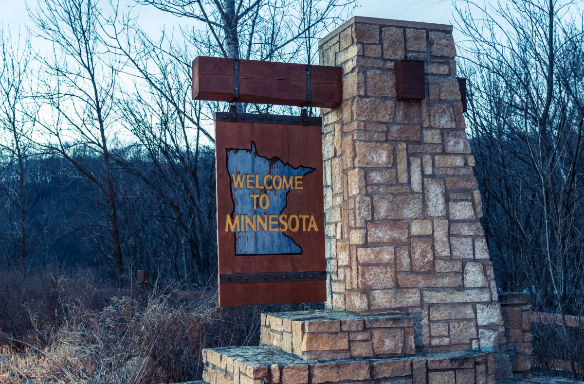 Flickr - Welcome to Minnesota sign - Tony Webster