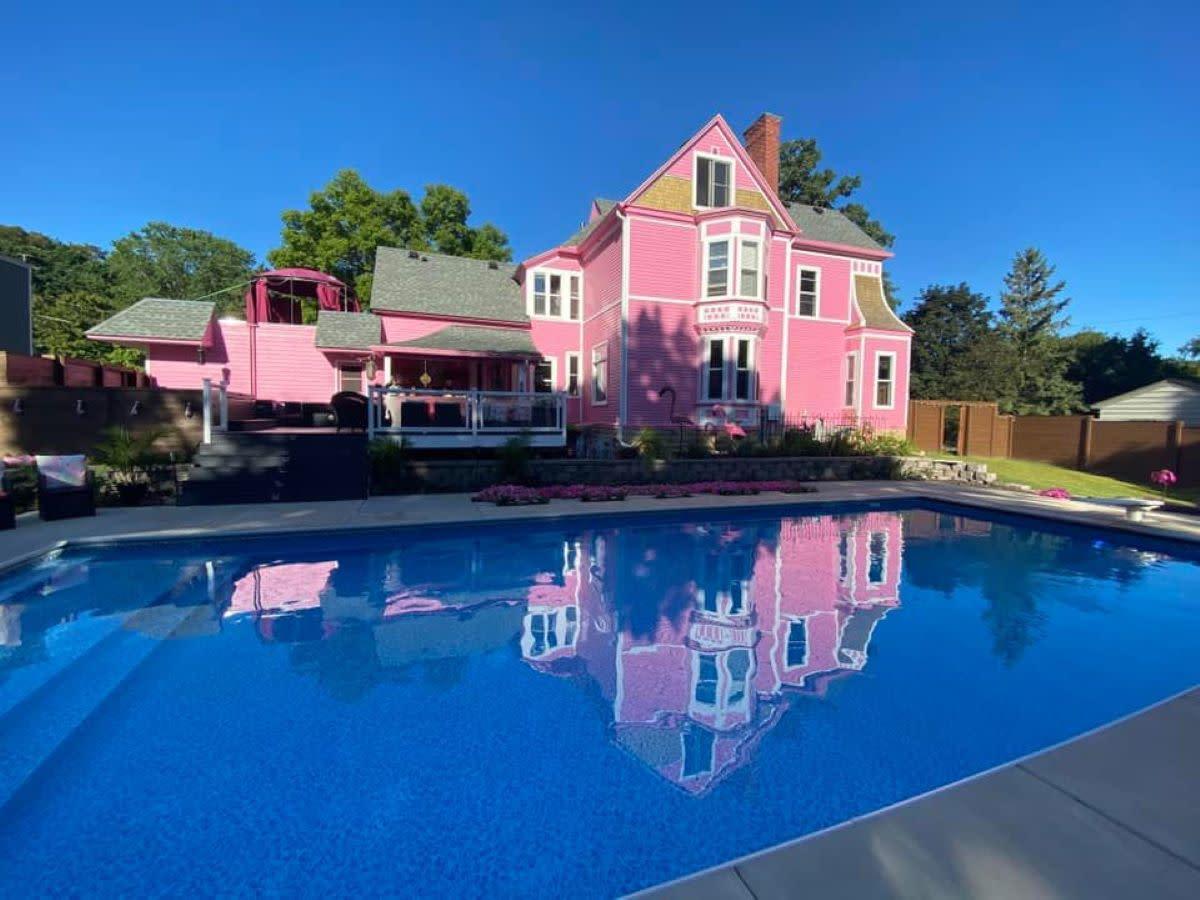 pink castle hudson