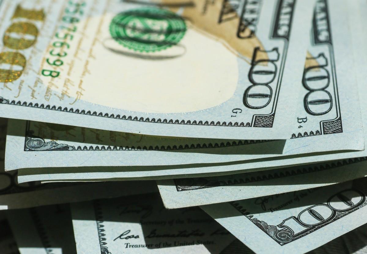 money hundred dollar bills